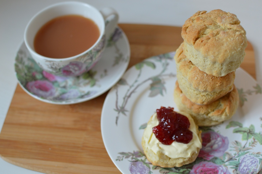 Easiest scones, cream tea