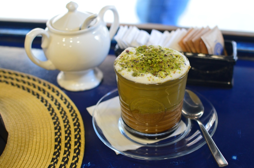 Cafe Berry Pistachio Latte