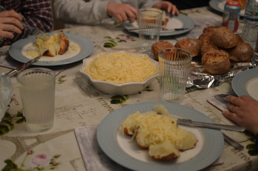 Jacket potatoes and cheese
