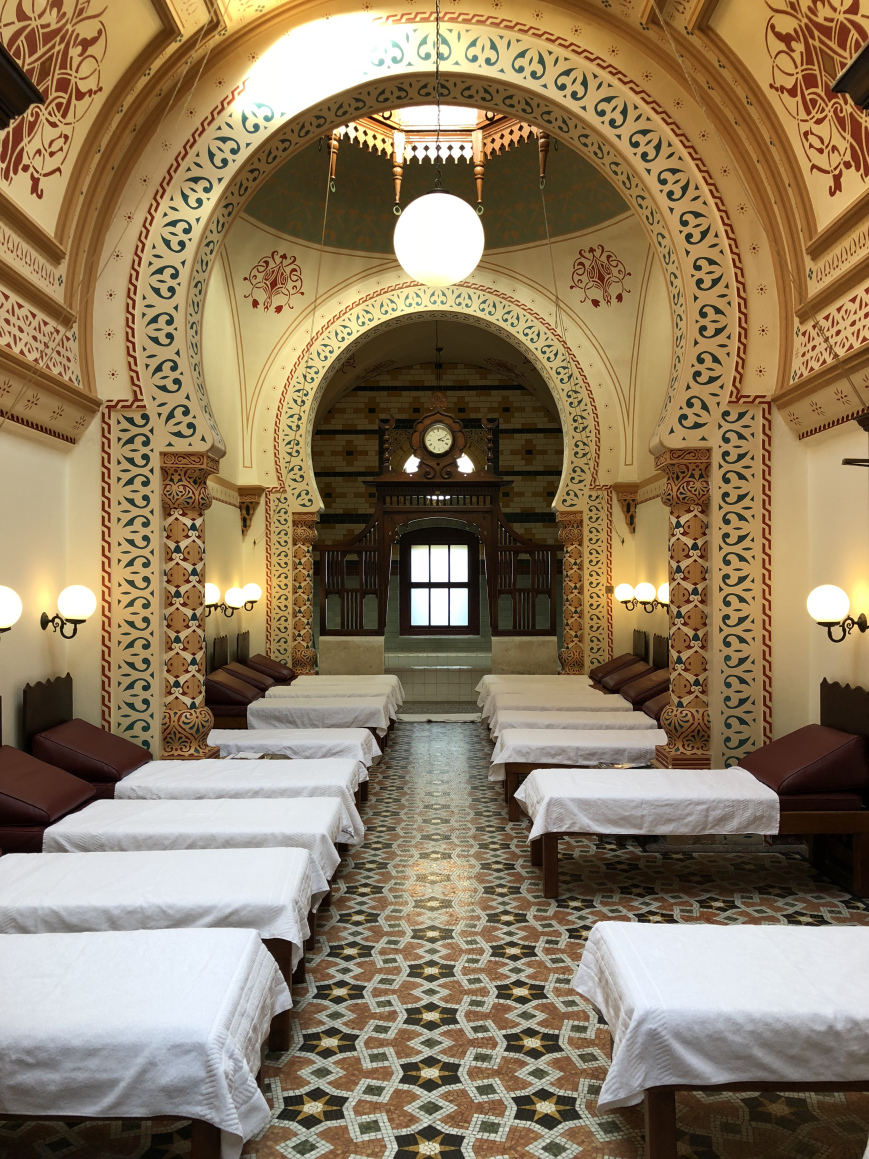 Harrogate Turkish Baths, relaxation room